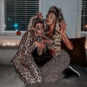 Leopard set! Leggings and crop top